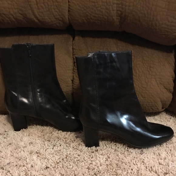 Nine West Shoes - Nine West NW Quiver Ankle Boots Booties Sz 7 NWOB